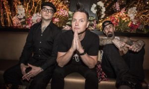 BLINK 182 with Matt Skiba - NINE new album out now!