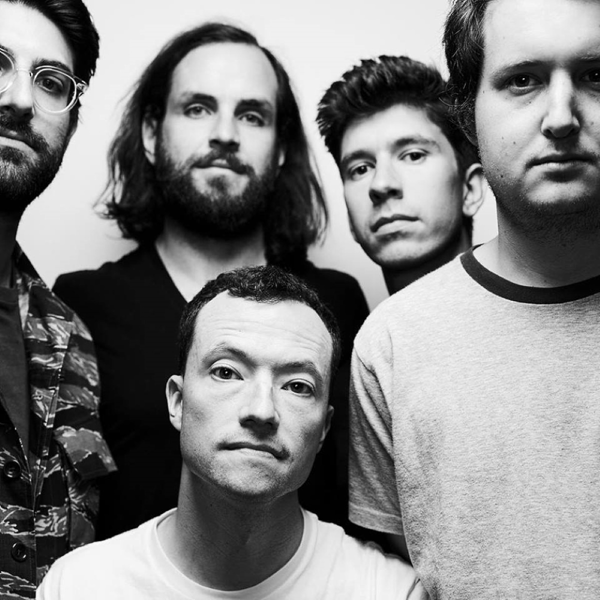 TOUCHE AMORE - Deflector - new song - IDIOTEQ.com
