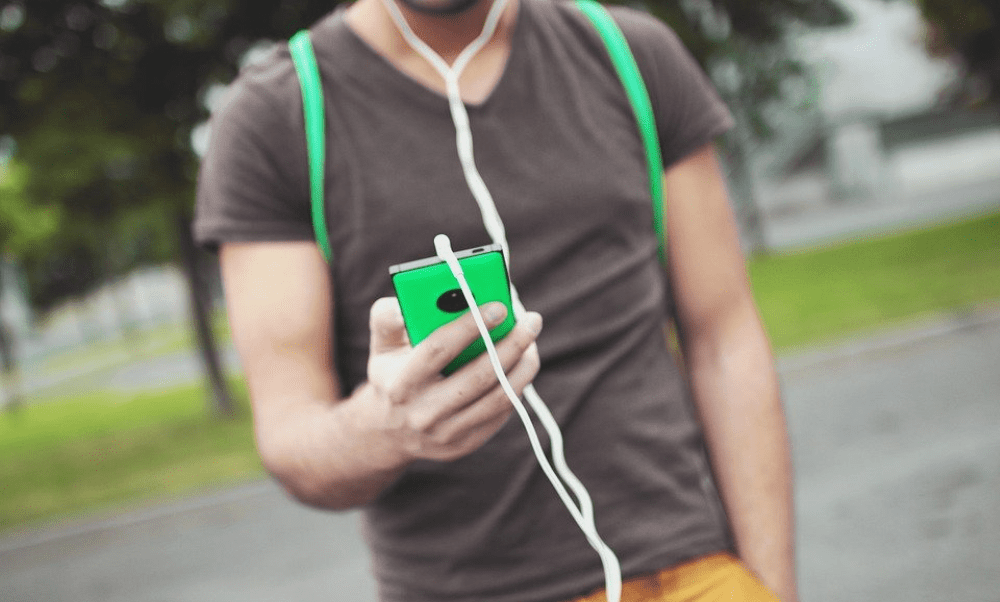 Mobile Music, photo by Pixabay