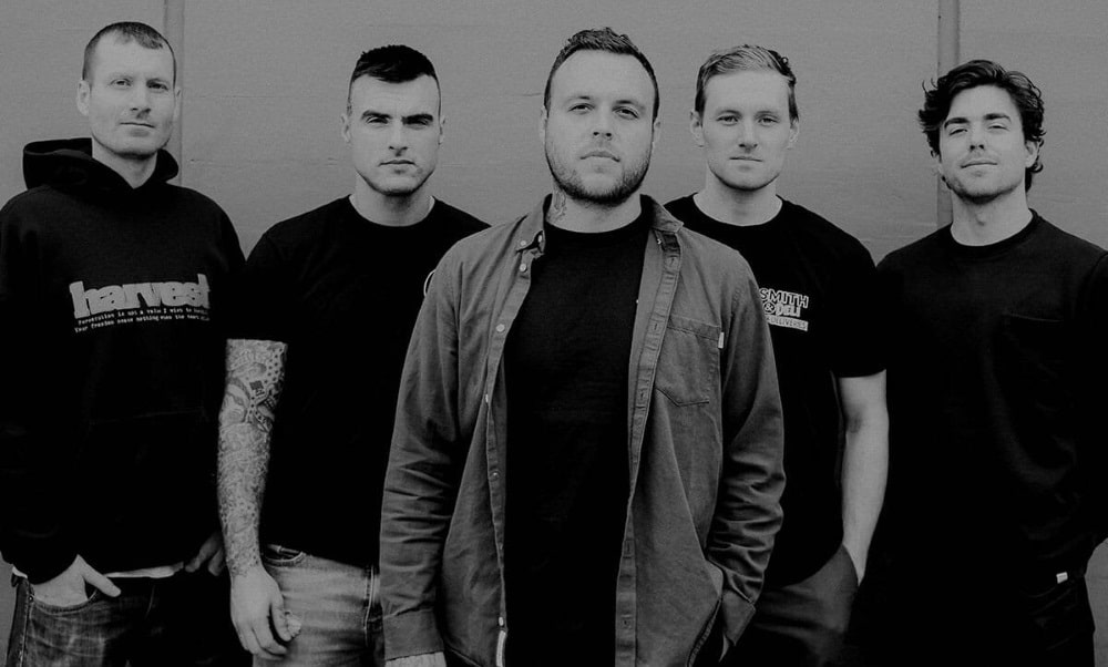 "STICK TO YOUR GUNS streaming new demo song ""Hasta La Victoria"""